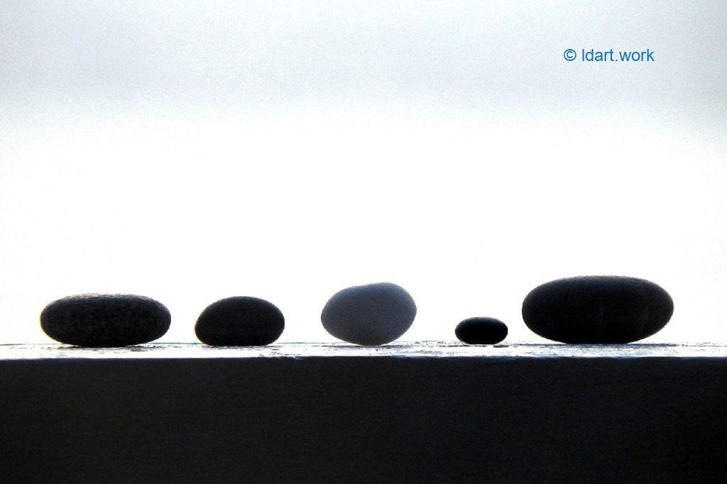 5 stones photo